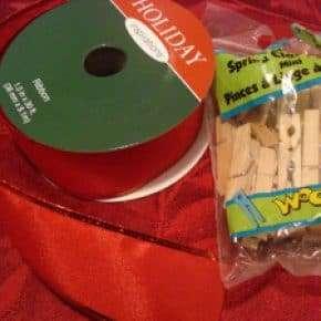 DIY Christmas Cards on a Ribbon