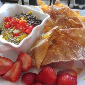 Cannoli Dip and Chips
