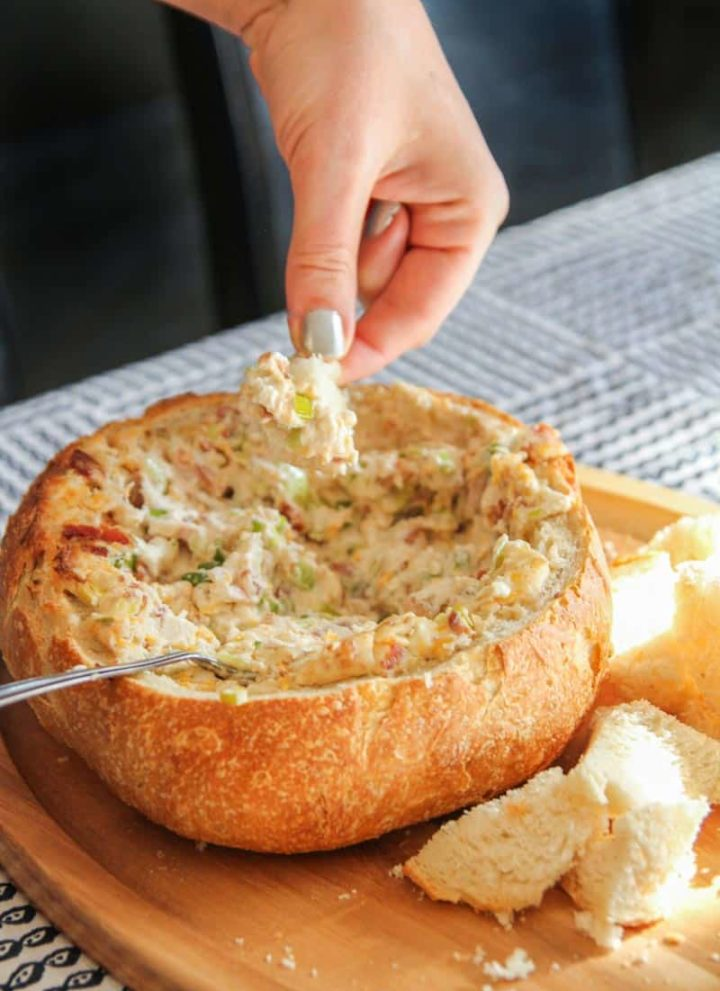 Cheesy bacon dip, the best dip to bring for parties, cheesy bacon dip in a bread bowl