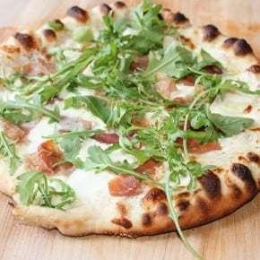 Garlic Bechamel Prosciutto Pizza #PizzaWeek