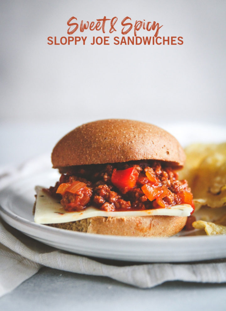 Sloppy Joe sandwiches made with ground turkey, easy dinner with ground turkey, ground turkey sloppy Joe sliders, 20 minute meals, 20 minute easy dinner
