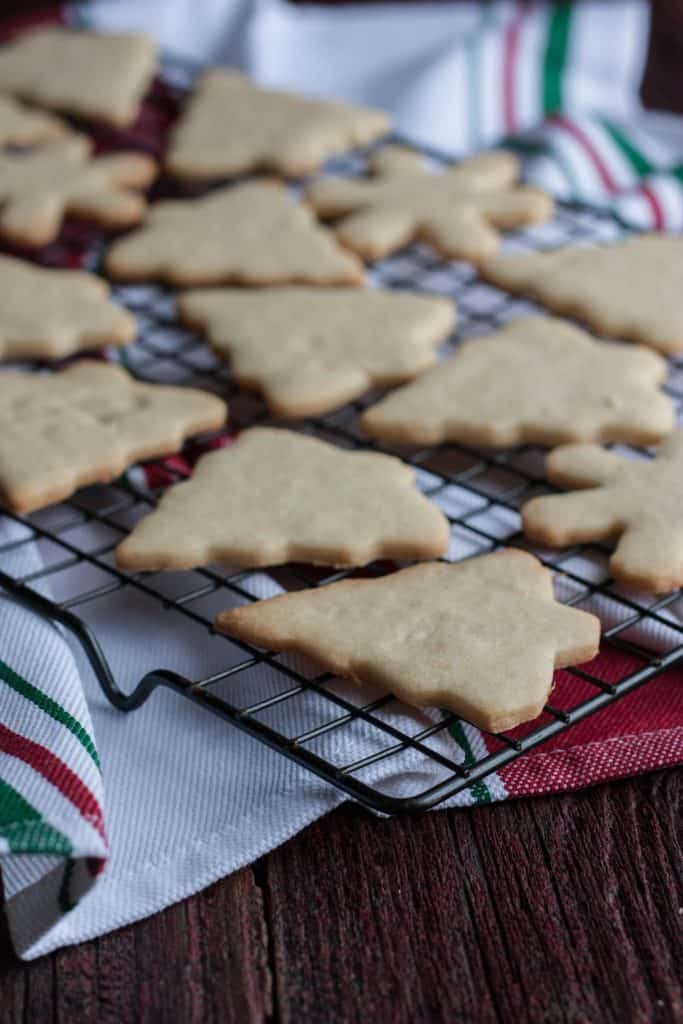 sugar cookies that actually hold their shape