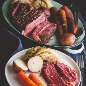 5 ingredient slow cooker corned beef cabbage carrots and potatoes