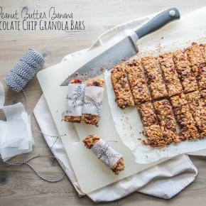 Peanut butter banana chocolate chip granola bars from @sweetphi
