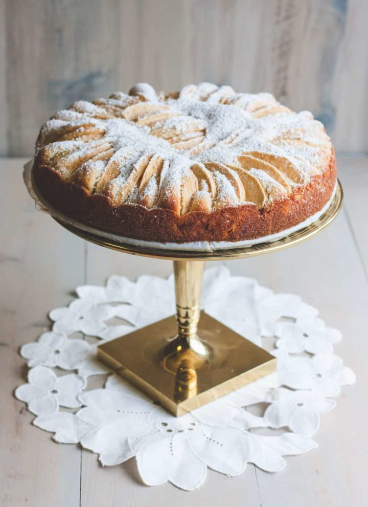 German apple cake recipe from @sweepthi