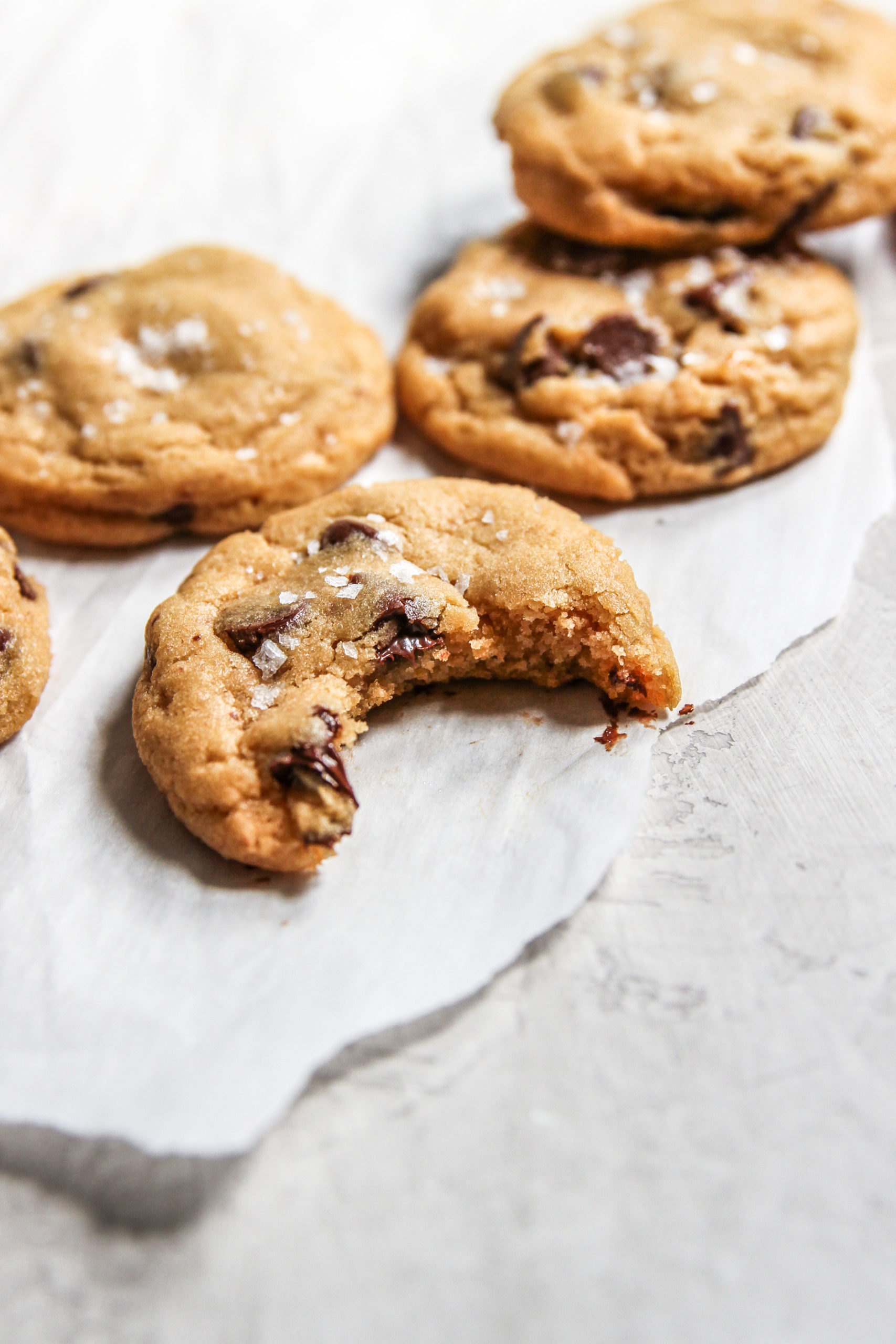 The best recipe to make chocolate chip cookies with salted caramel