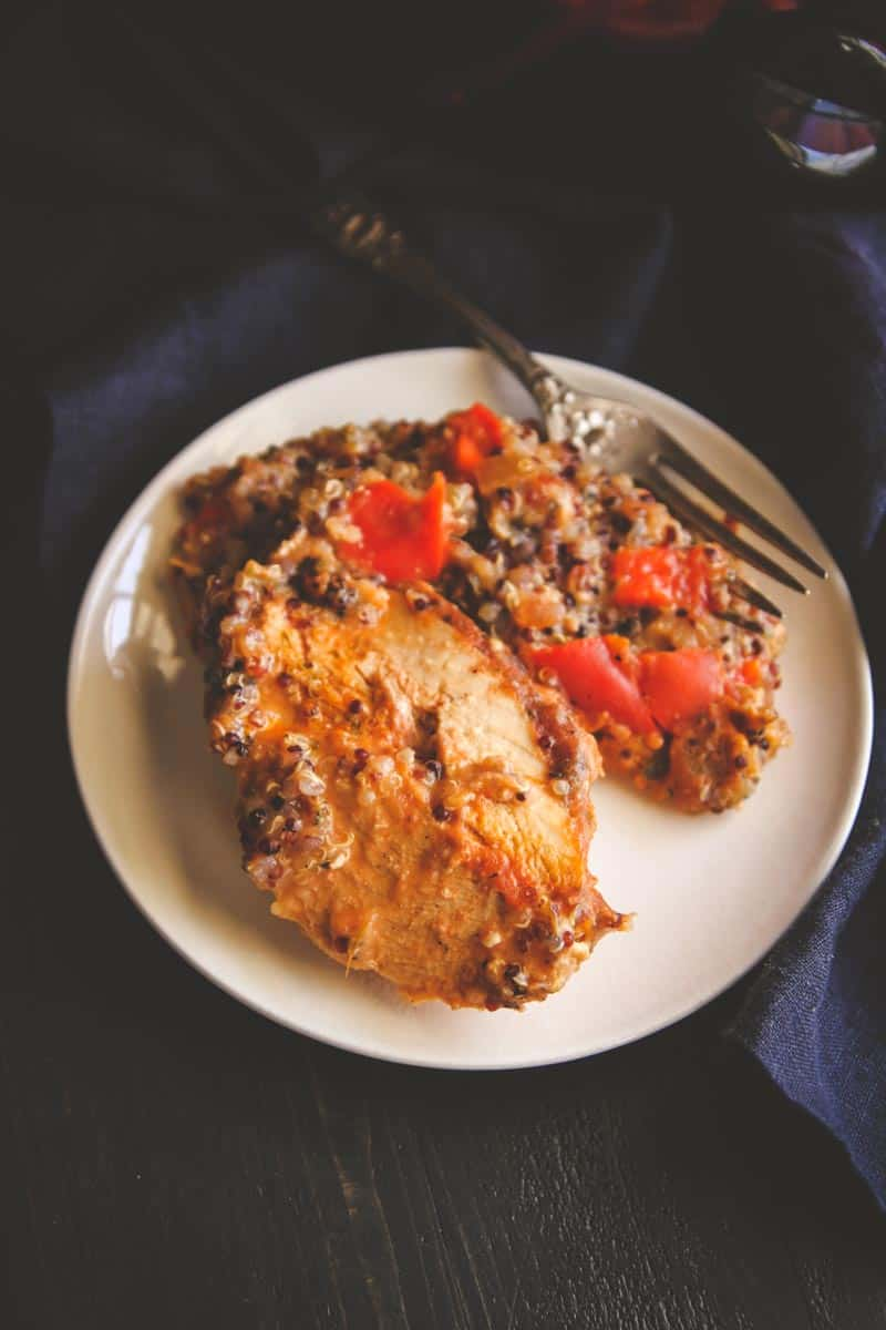 A healthy and delicious slow cooker salsa chicken and quinoa dinner