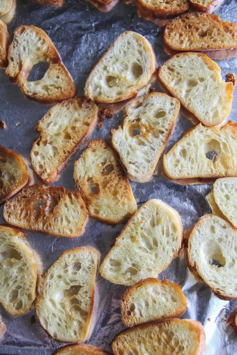 Garlic crostini for appetizers
