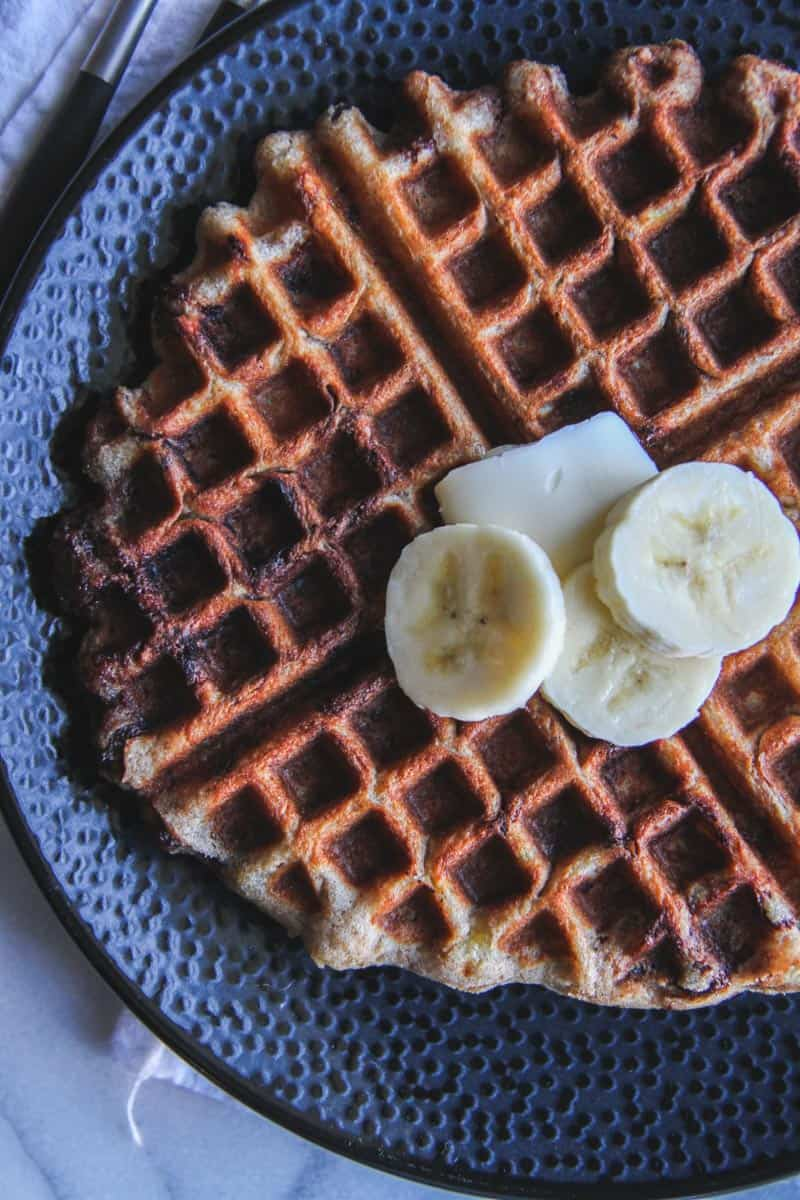 Whole wheat banana chocolate chip waffles recipe from @sweetphi