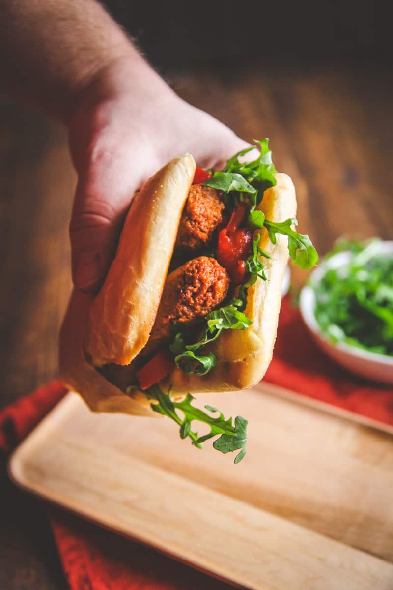 A super delicious 5 ingredient chorizo sandwich recipe