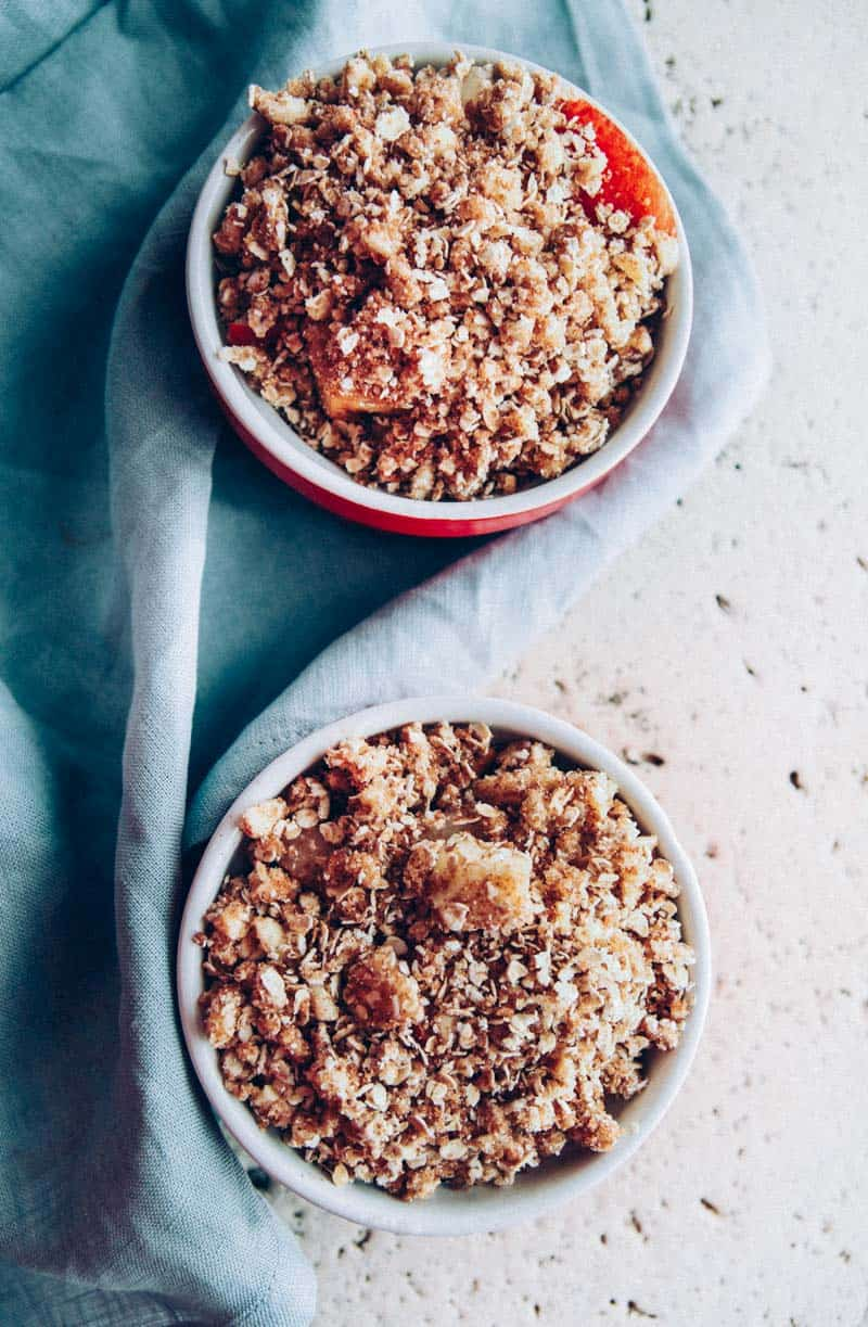 An incredibly delicious 5 ingredient pear crumble for two