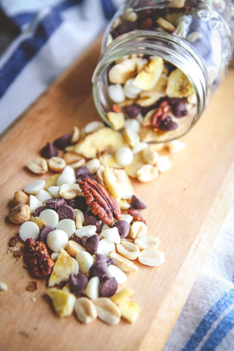 The best 5 ingredient banana chip tuzedo trail mix