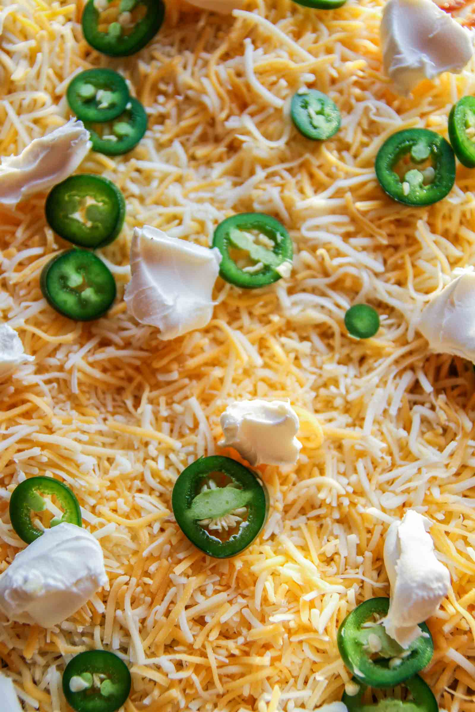 The best ever jalapeno enchilada cream cheese pizza