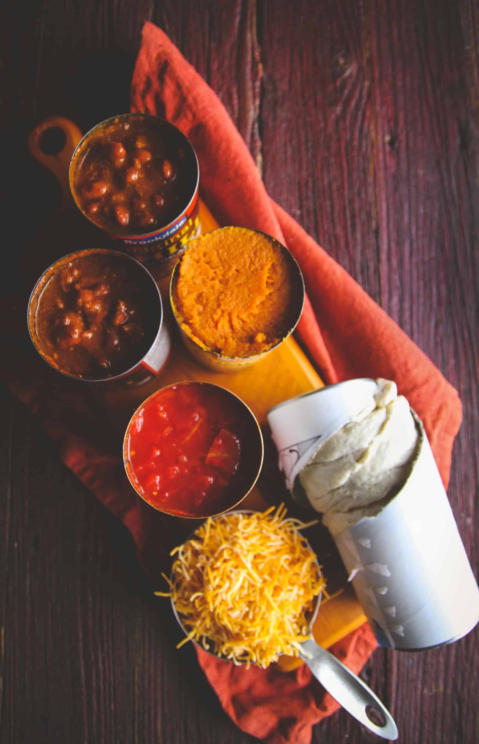 The best 5 ingredient pumpkin chili biscuit for a fall dinner