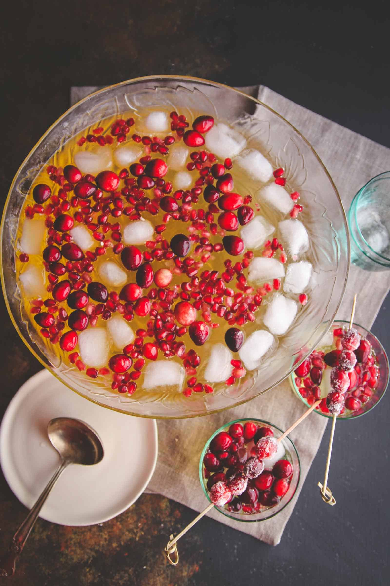 The best 5 ingredient holiday punch recipe