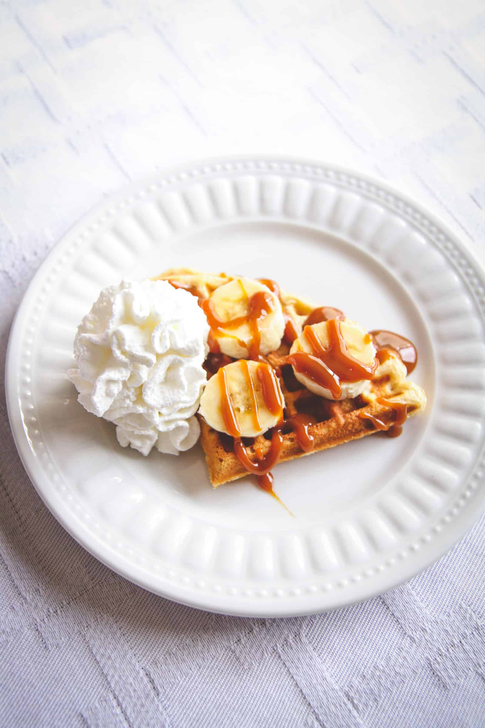 The most delicious banana caramel waffles for brunch