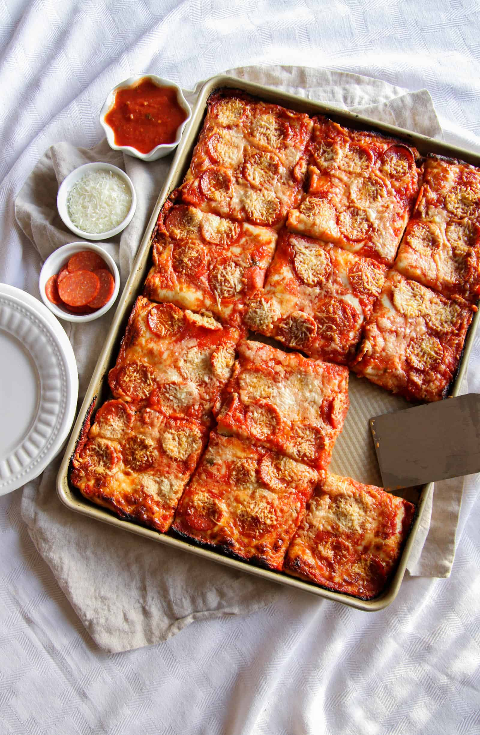 The most amazing and delicious sheet pan pizza