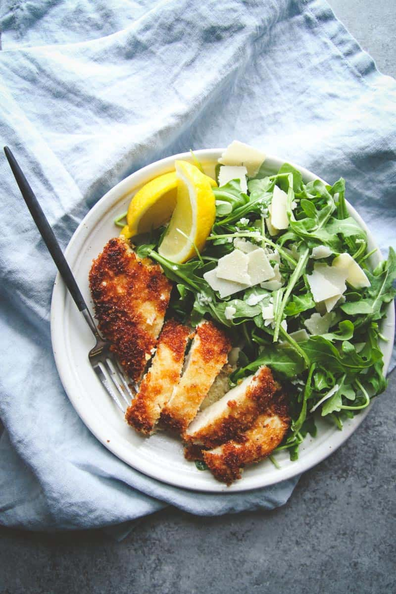 The most amazing crispy chicken and arugula salad