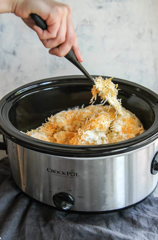 The best ever 5 ingredient crock pot cheesy potatoes recipe