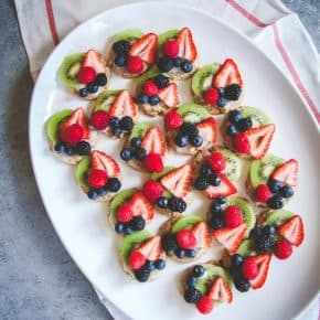 Whole wheat fruit pizza cookies, the perfect healthy and delicious summertime treat