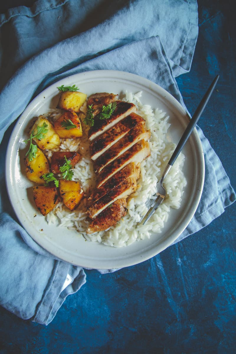 Easy and delicious pork chops with pineapple