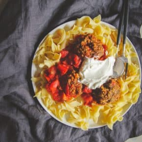 Lamb meatballs with yogurt sauce over egg noodles, easy weight watchers lamb meatballs recipe