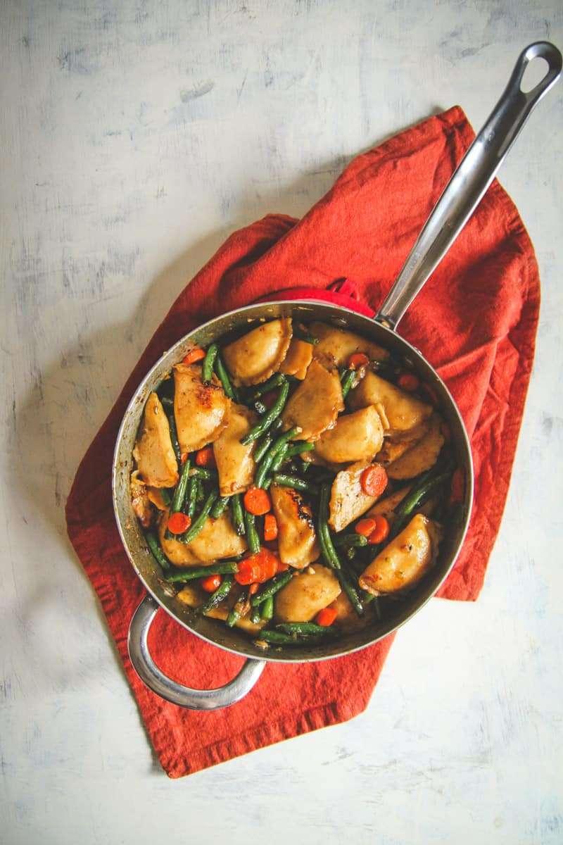Easy vegetarian dinner recipe with dumplings