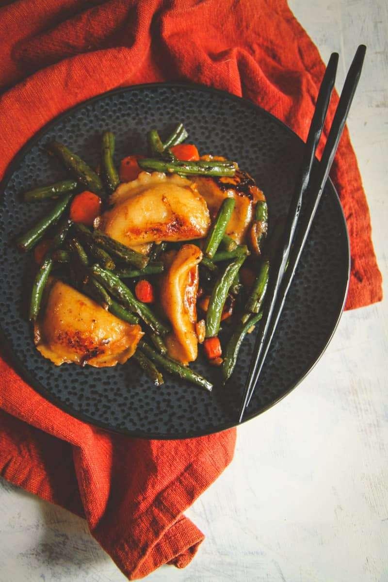 The most amazing vegetarian dumpling stir fry