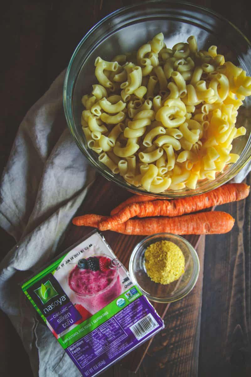 5 ingredient vegan mac and cheese recipe, plant based macaroni and cheese, easy vegan recipe, kid friendly vegan recipes