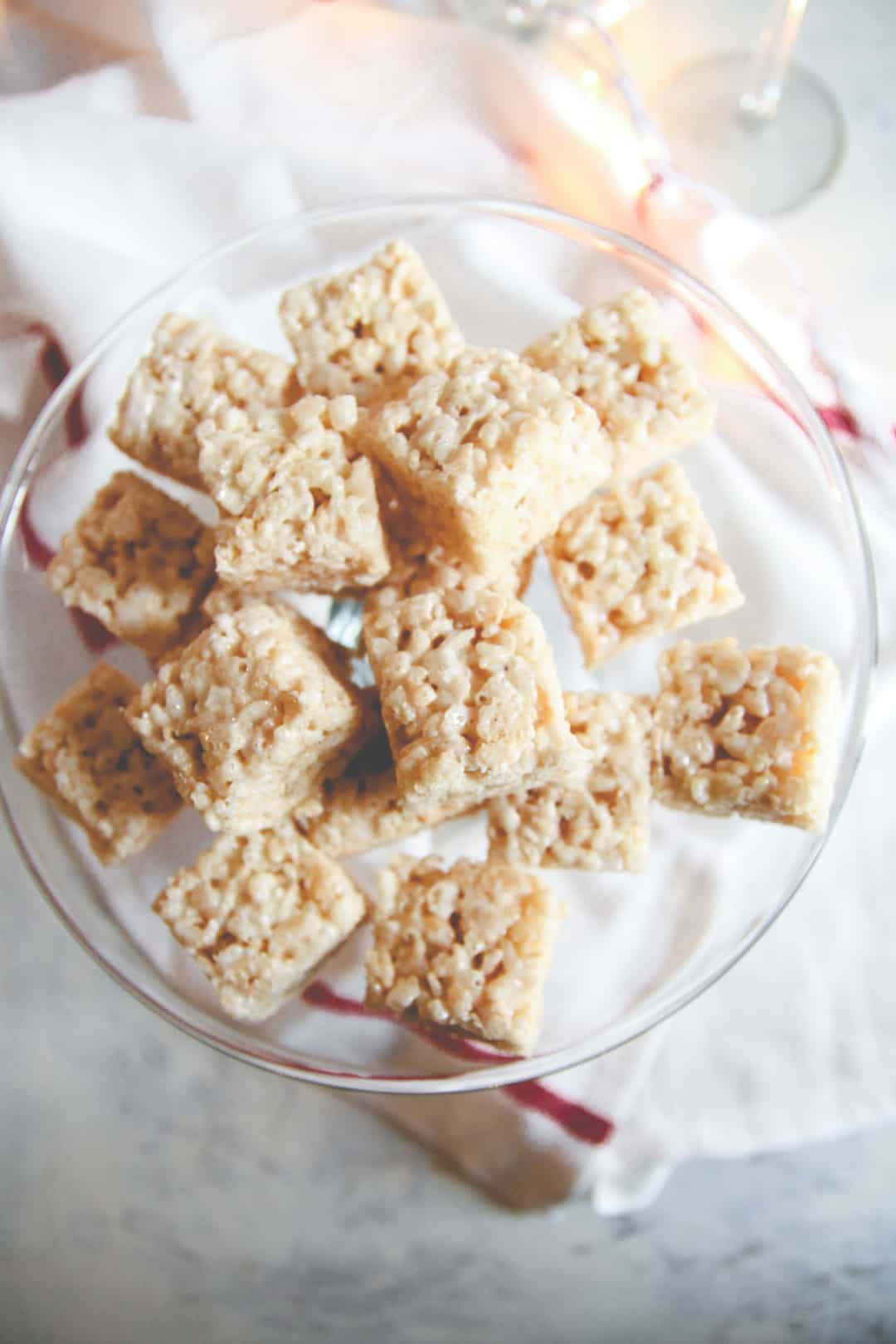 5 ingredient champagne rice Krispie treats, New Years dessert recipe