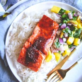 Baked BBQ salmon with mango salsa, a delicious easy 30 minute baked salmon recipe
