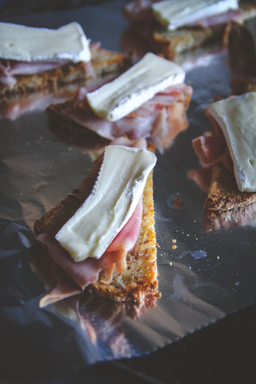 The best ham and brie crostini fancy toasts recipe