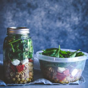 Easy Healthy Lunch Recipe- Pepperoni Pasta Salad in a Jar