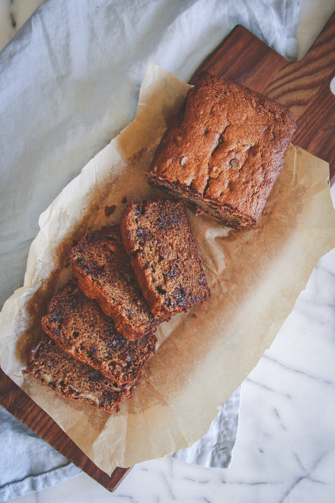 Whole wheat banana bread and muffins recipe, banana bread made with whole wheat flour, whole wheat banana chocolate chip bread