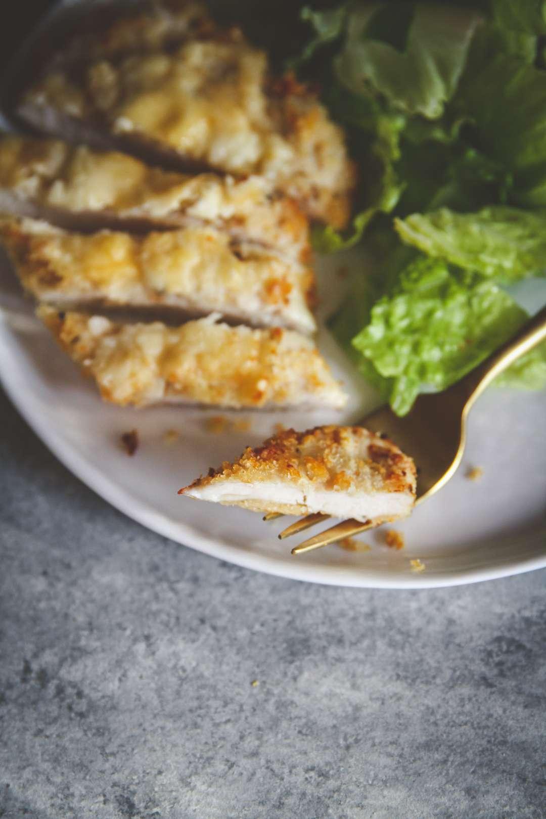 The best air fryer cheesy chicken