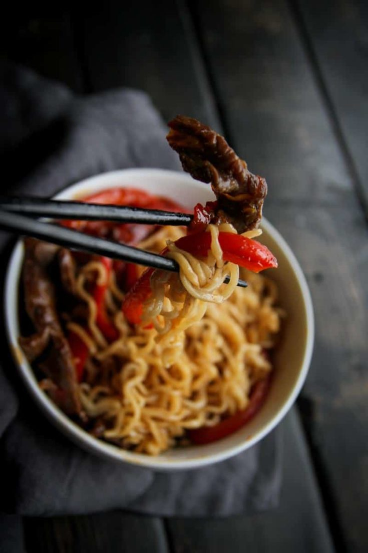 5 Ingredient Beef and Pepper Ramen