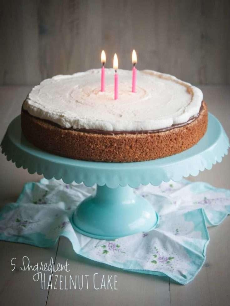 5 Ingredient Hazelnut Cake {& 3 Year Bloggiversary & Giveaway!!}