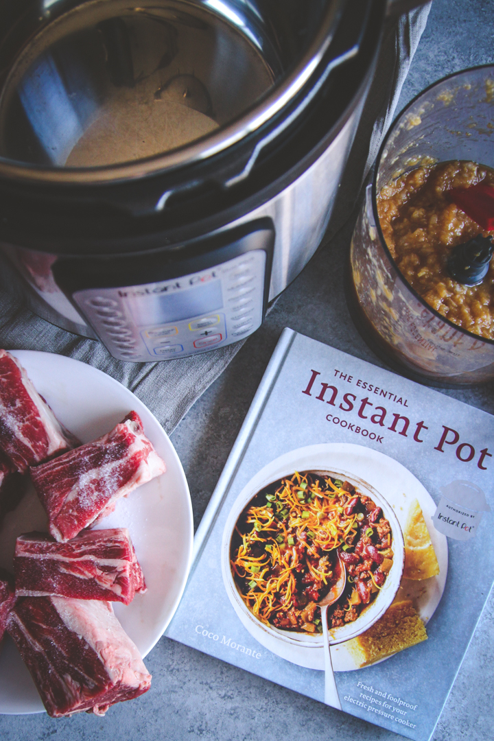 Instant pot Asian shredded beef bowls, the best Asian shredded beef bowls recipe, Instant pot or crockpot shredded beef bowls with short ribs or chuck roast