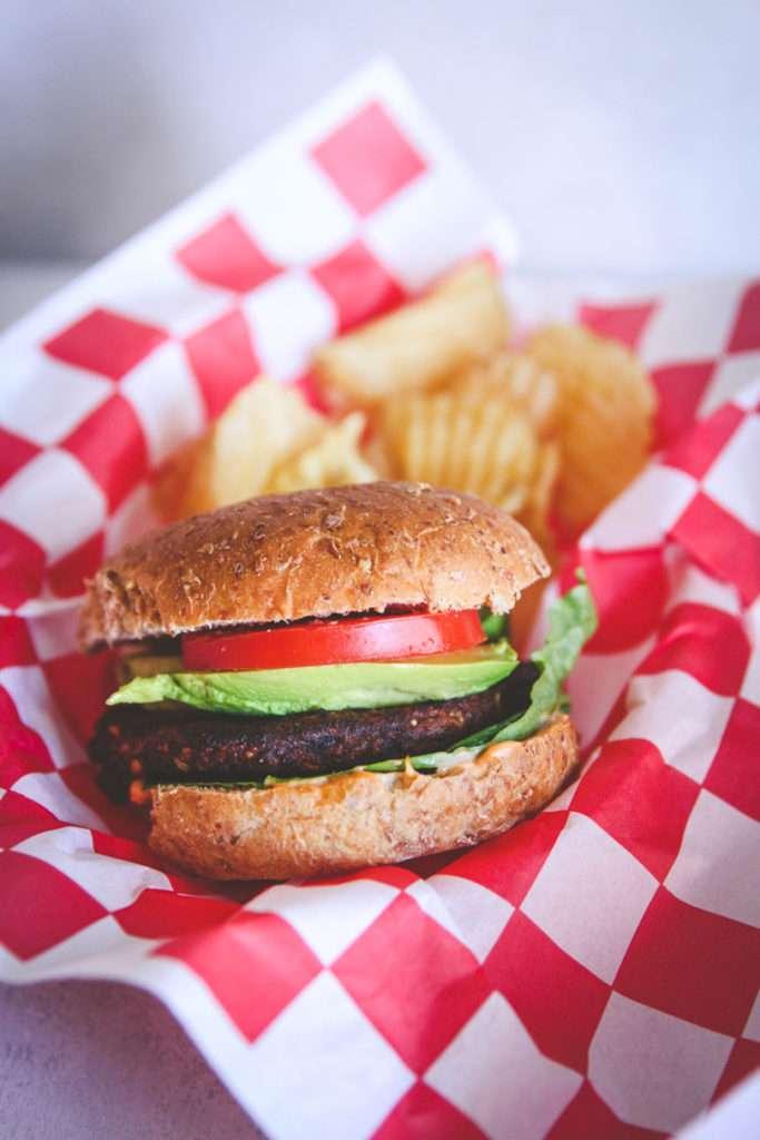 Easy vegetarian burgers with Morningstar patties