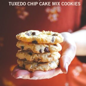 5 Ingredient tuxedo chip cake mix cookies, 5 ingredient cookies, 5 ingredient chocolate chip cookies, cookies made with cake mix, chocolate chip cookies made with cake mix, cake mix chocolate chip cookies
