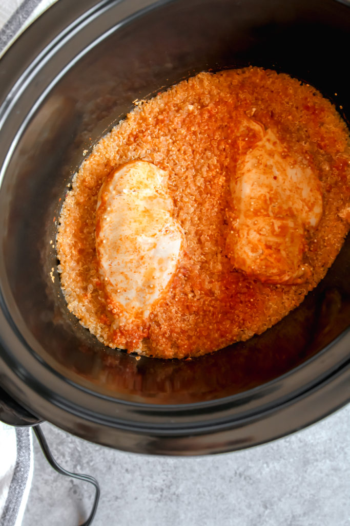 The most amazing slow cooker buffalo chicken and quinoa meal prep
