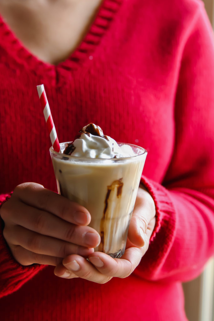 The most delicious iced Baileys coffee latte recipe