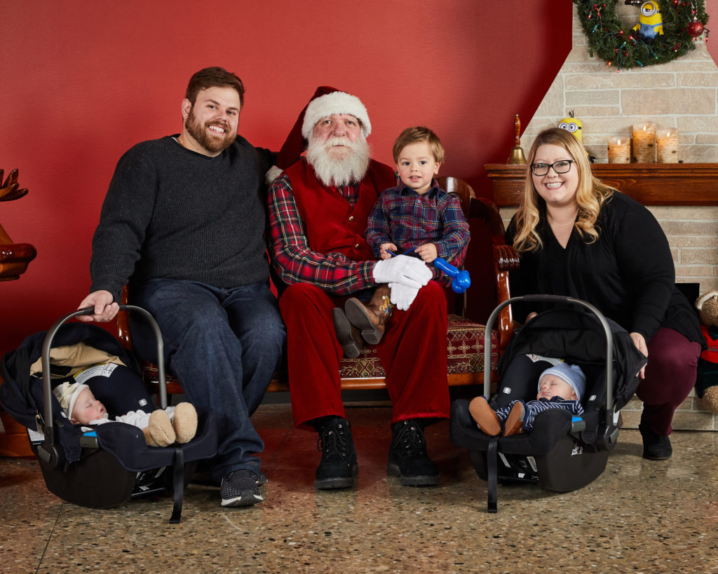 Family of 5 with Santa