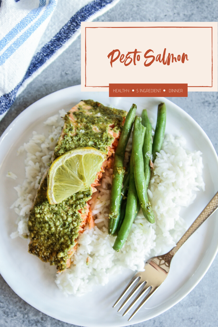 5 ingredient pesto salmon recipe with green beans and rice