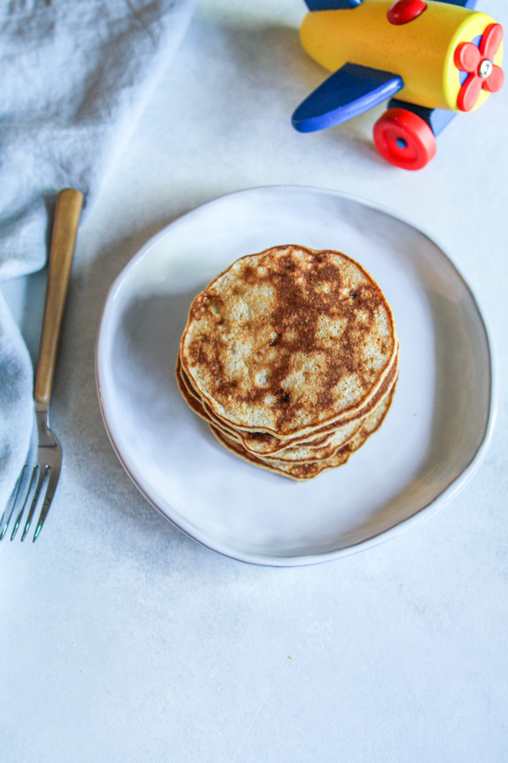 The most delicious and kid approved banana pancakes
