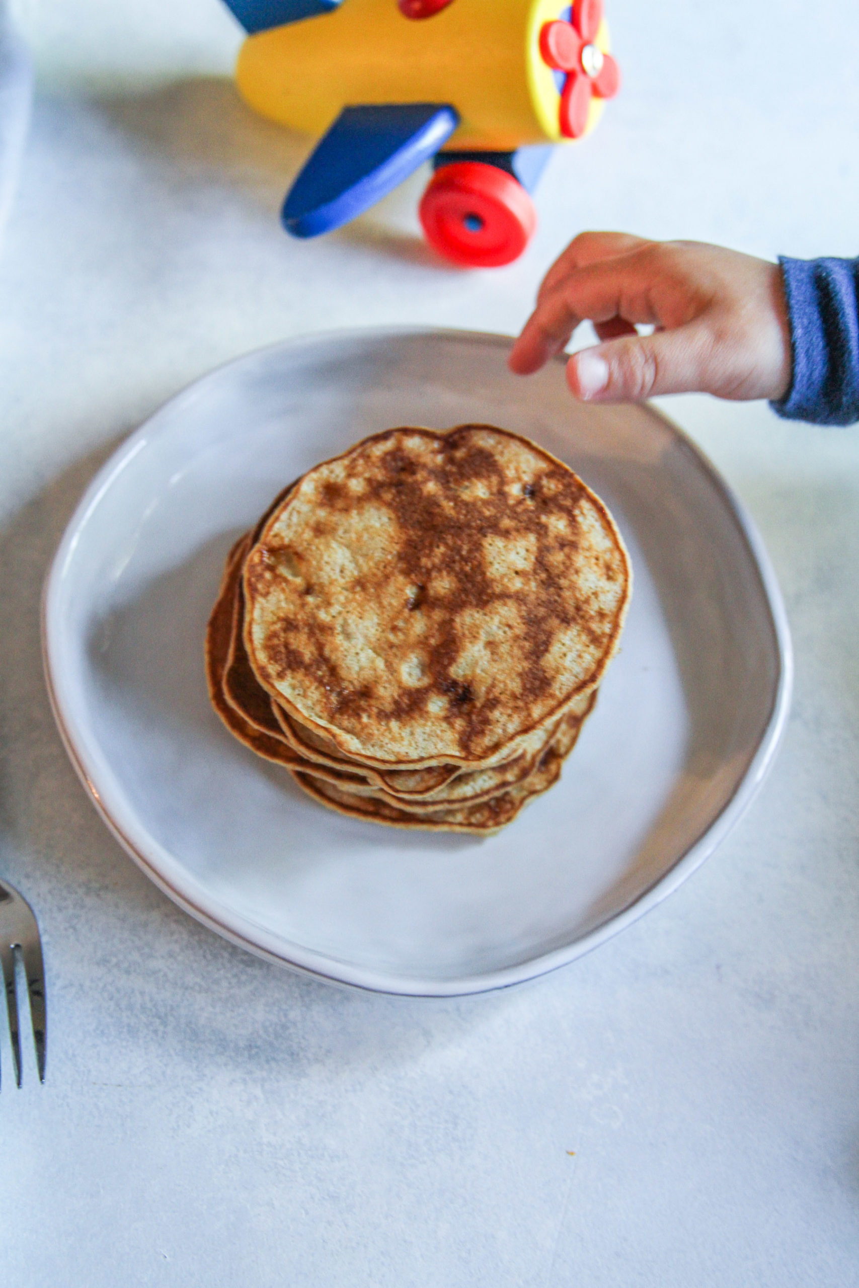 The best ever banana pancakes with 3 ingredients