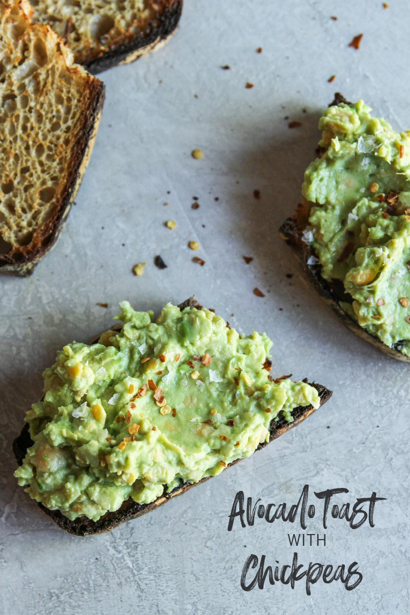 The best recipe ever for avocado toast with chickpeas