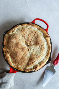 5 ingredient skillet pizza pot pie