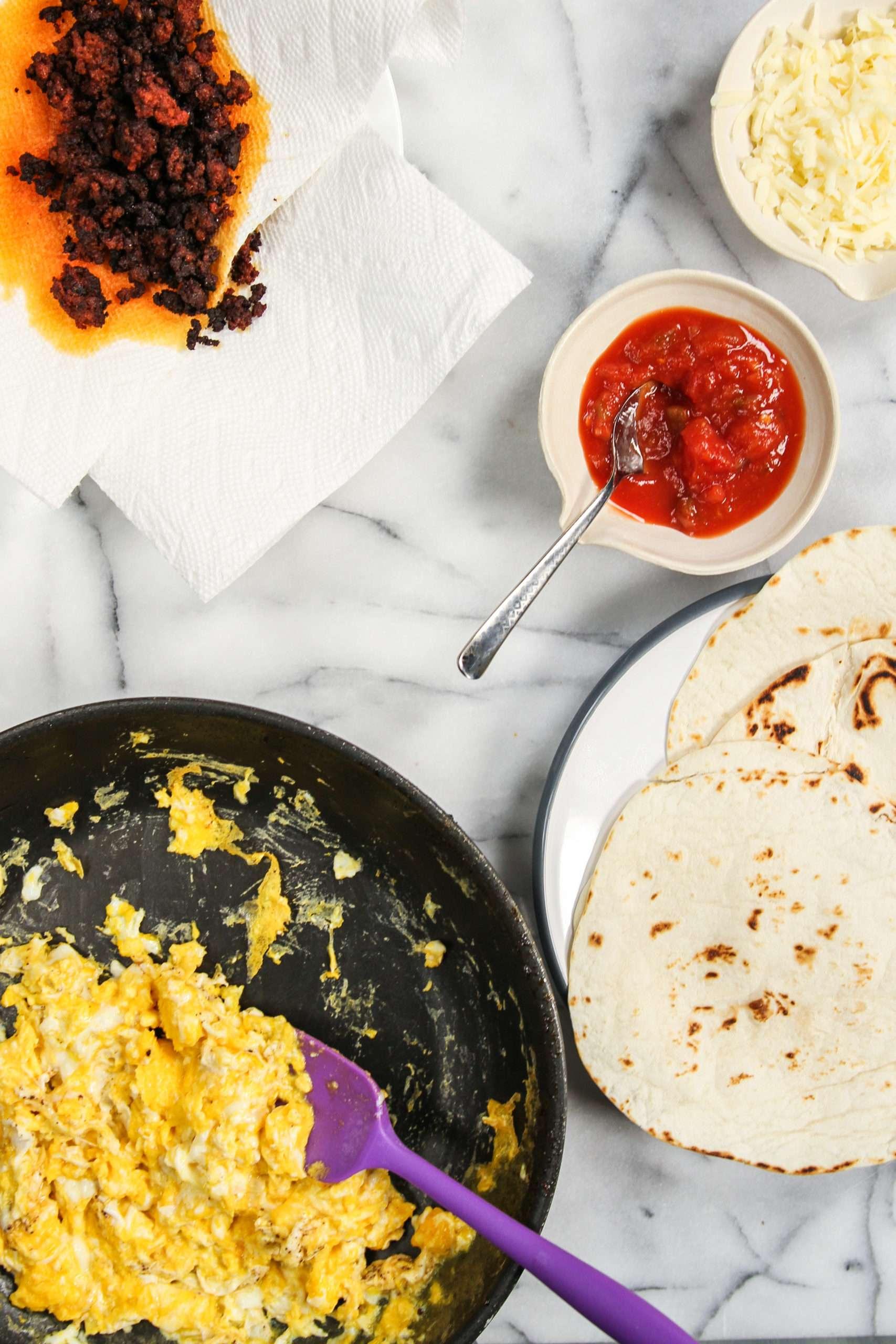The ingredients used in my 5 ingredient breakfast tacos